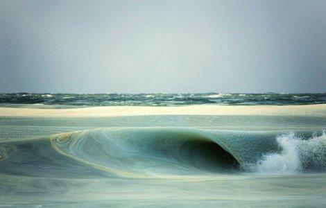 Замерзающие волны существуют!